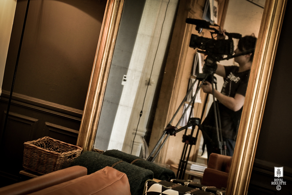 MAISON FRANCE 5 FILMING  -★-  ROYAL ROULOTTE