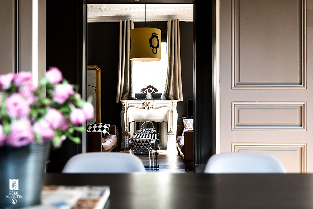 Royal Roulotte  -★-  #renovation #decoration #maisonancienne #homedecor #homefrance #homeparis